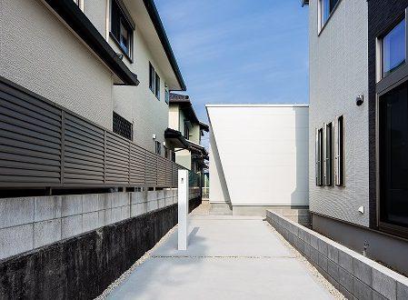 11月14日(土)15日(日)旗竿地に建つモデルハウス見学会
